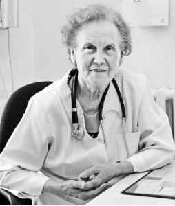 Jau daugiau nei 50 metų atvėrus Joniškėlio ligoninės vaikų gydytojo kabineto duris, mažuosius ligonius ir jų tėvelius pasitinka gydytoja N. Janulaitienė.
