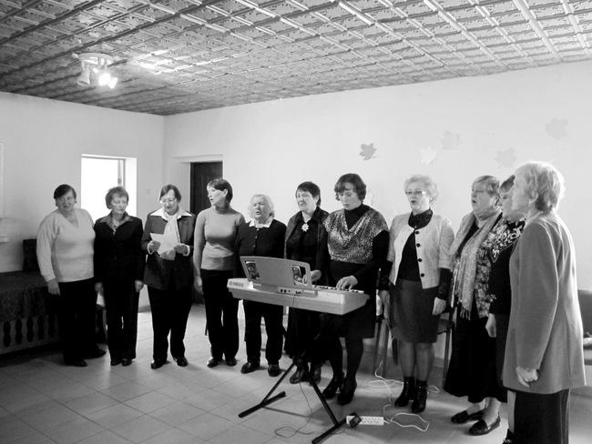 """Skamba kaimo himnas – daina """"Žemė Kiemėnų gimtoji""""."""