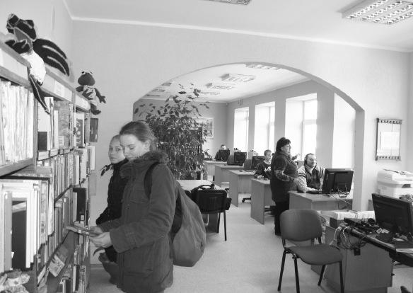 Lankytojams malonu užsukti į jaukią Ustukių biblioteką